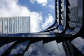 dynamic office architecture reflections 1624925 283x189 - Услуги для исполнителей