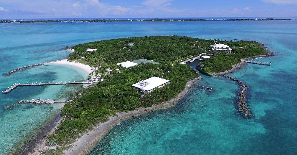 foots cay 48830893 - Остров за 16 млн долларов