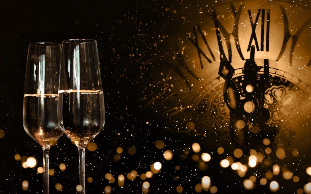 new year 2018 champagne clock evening 1030x644 - Выбор шампанского