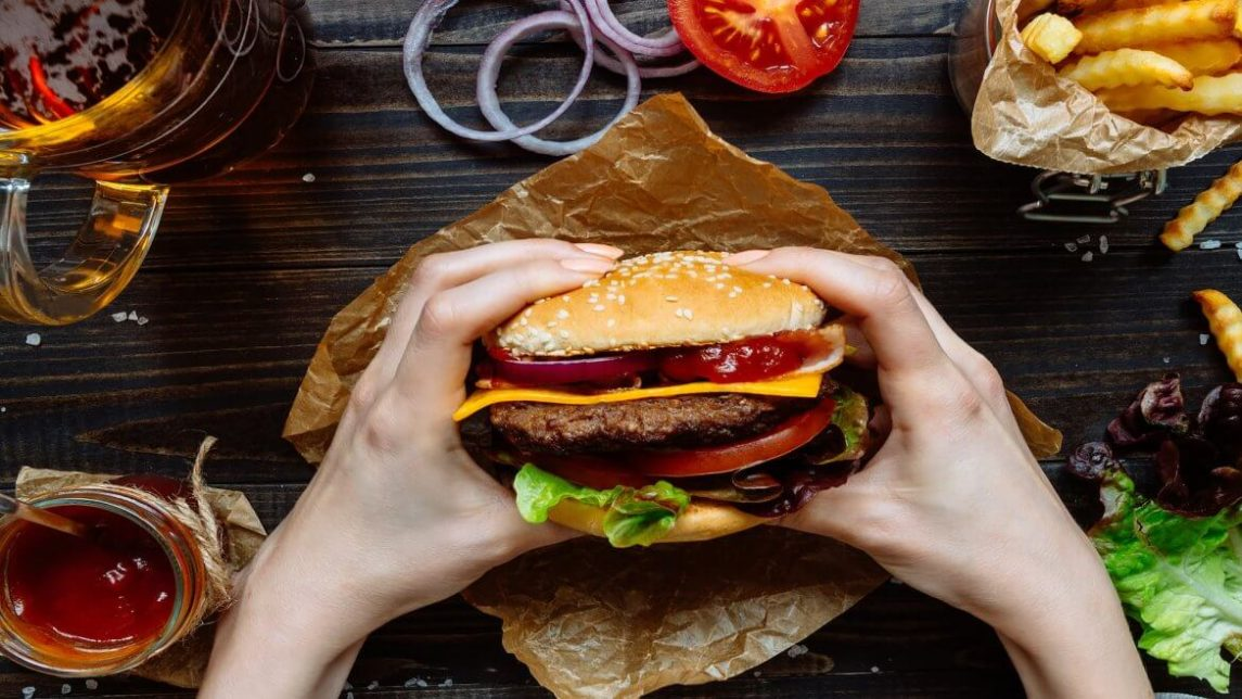 4 cheap yet quintessential fast food burgers 1170x658 1145x644 - Штраф Burger King