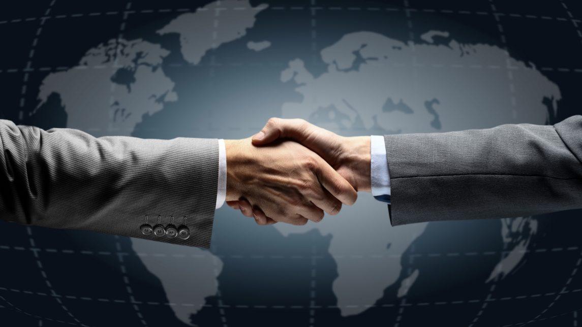 men shaking hands agreement meeting 80507 3840x2160 1145x644 - Дамаск