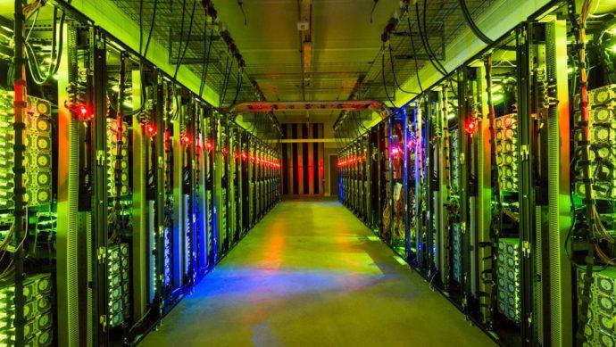 Dcqq8KhXUAEhRe2 690x389 - Суперкомпьютер