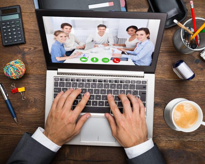 videokonferenz am laptop 690x553 - Семинар
