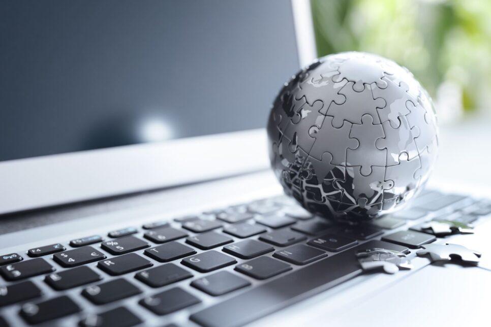 global strategy and communications JTPEWBC 966x644 - Мировая экономика