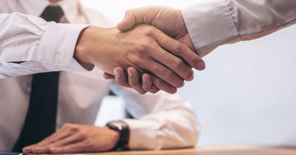 deal 978x512 - Поддержка бизнеса